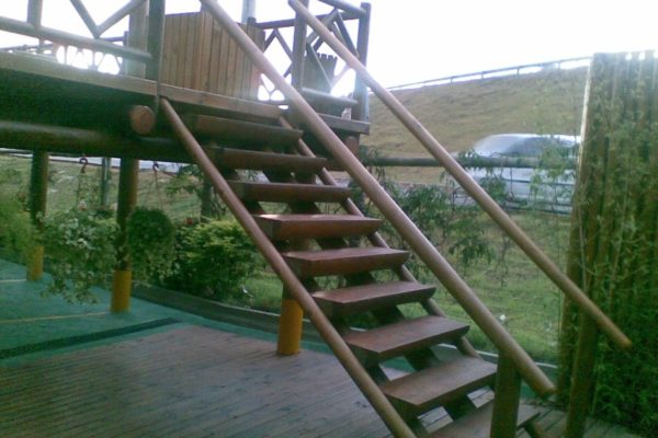 Escada02 (Custom)